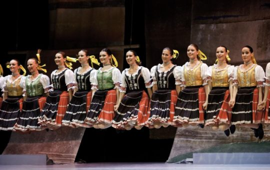 Slovak National Folklore Ballet Lúčnica brightens Sadler's Wells