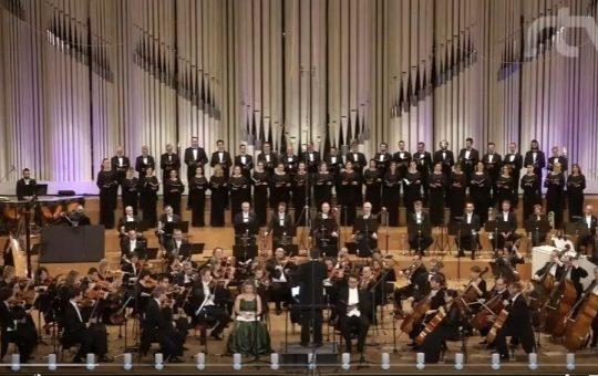 Spevácky zbor Lúčnica vo vysielaní RTVS počas Veľkonočných sviatkov